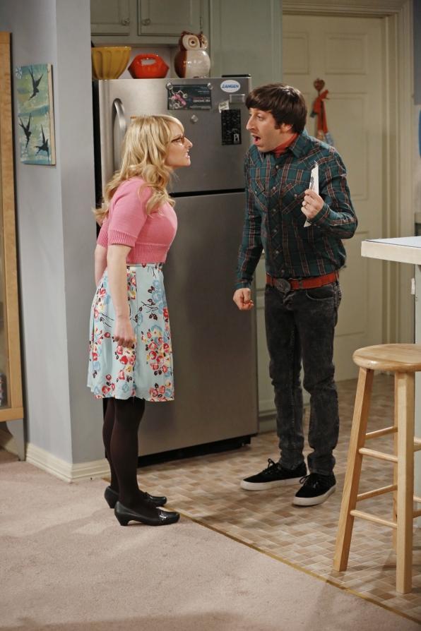 Howard and Bernadette have an argument