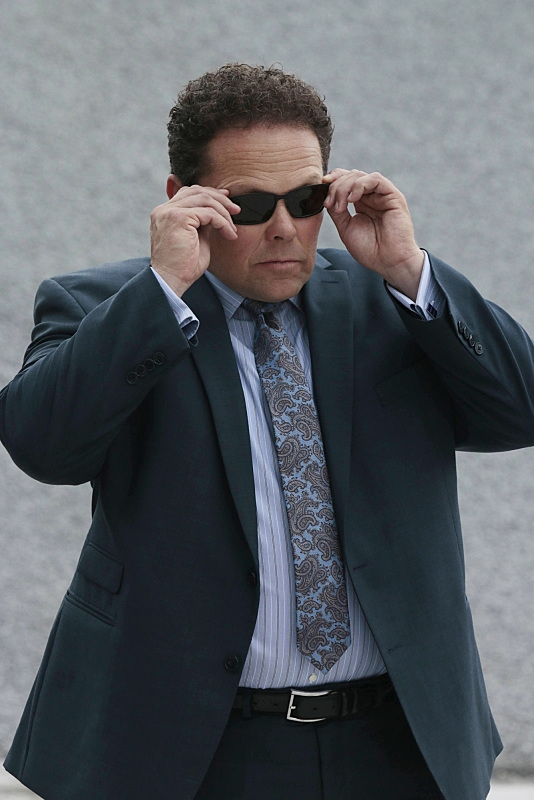 "Fusco in ""Pretenders"" - S6E4"