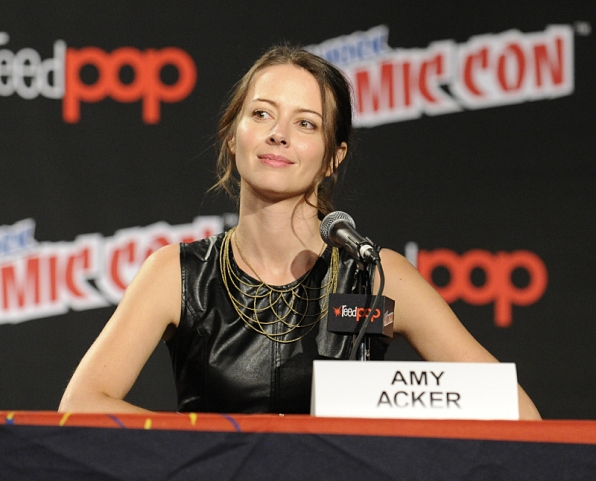 Amy Acker at New York Comic Con