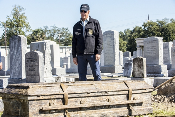 """""""Chasing Ghosts"""" - NCIS New Orleans S1 E9"""