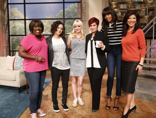 9. Catching up with Anna Faris.