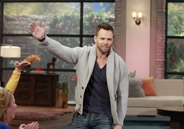 Joel McHale on working with the late Robin Williams