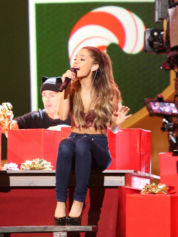 """4. Ariana Grande wants to be your """"Only 1"""" this Christmas"""