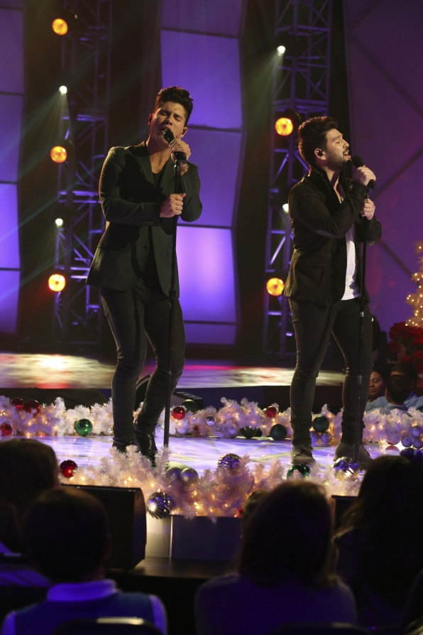 """Dan & Shay Take the Stage for """"A Home for the Holidays"""""""
