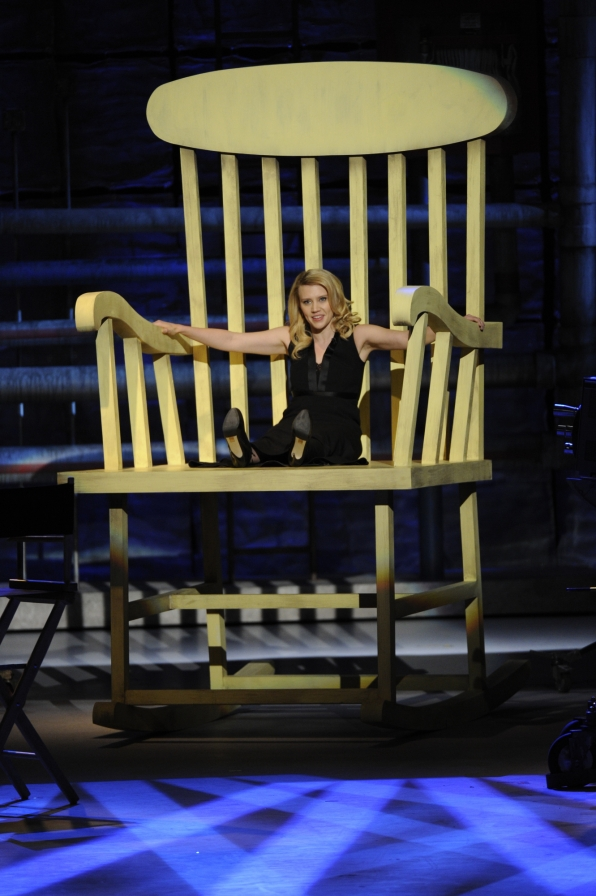 Kate McKinnon in a Massive Chair