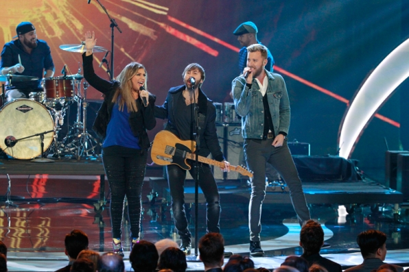 Lady Antebellum excites the crowd with their People's Choice performance!