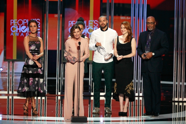 Congratulations to Grey's Anatomy on their Favorite Network TV Drama win!