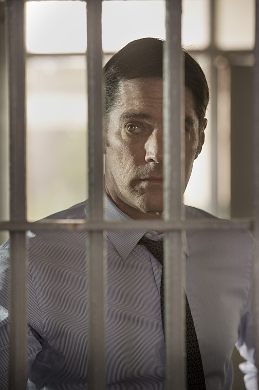 "Thomas Gibson Directs ""Lockdown"""