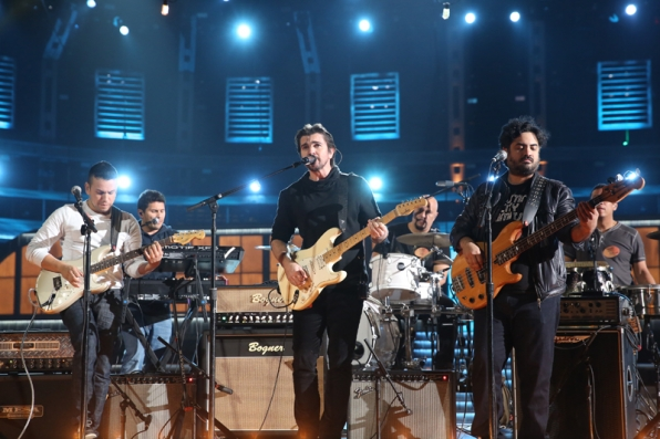 Juanes rehearses before the big night.