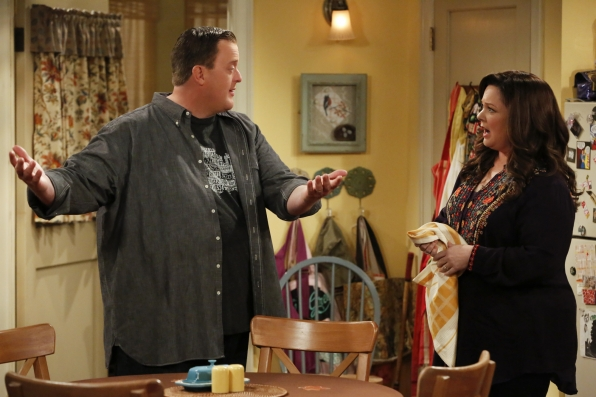 Molly asks Mike not to invite Carl on their anniversary cruise.