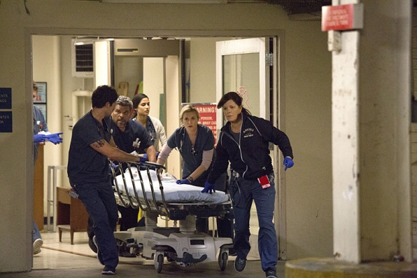 The ER team in <i>Code Black</i>.