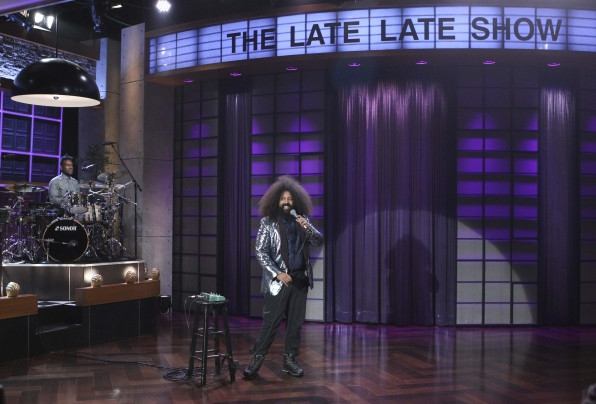 Reggie Watts stepped out on his band and went solo!