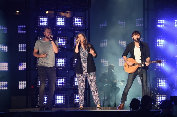 Lady Antebellum rehearses ACM Awards performance.