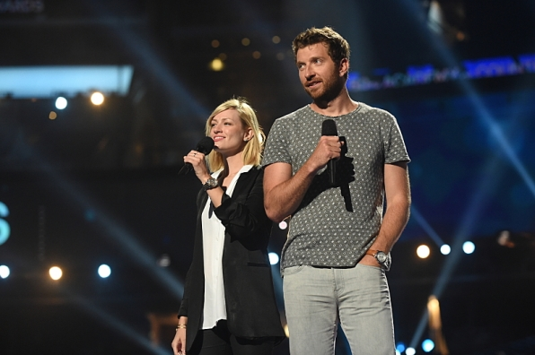 Beth Behrs and Brett Eldredge rehearse for the 50th ACM Awards.