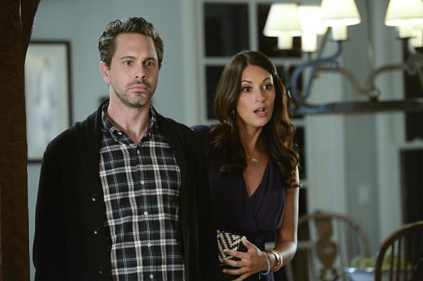 Thomas Sadoski as Matt and Angelique Cabral as Colleen in <i>Life in Pieces</i>.