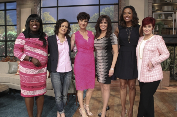 """NCIS: New Orleans"" star, Zoe McLellan visits the ladies!"