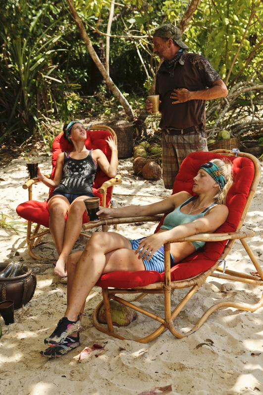 3. Why do you think there were very few alliances this season?