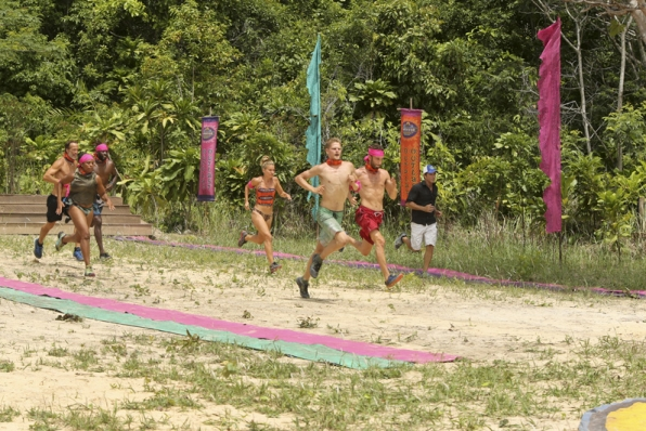 Jeff Probst tries to keep up with Andrew Savage, Tasha Fox, Jeremy Collins, Abi-Maria Gomes, Spencer