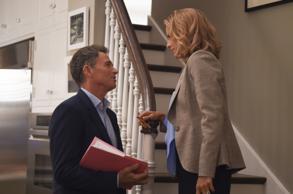 Tim Daly as Henry McCord and Téa Leoni as Elizabeth McCord