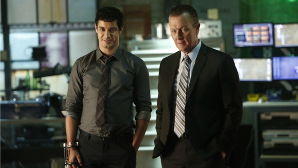 Elyes Gabel as Walter O'Brien and Robert Patrick as Agent Cabe Gallo