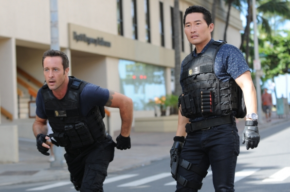 Alex O'Loughlin as Steve McGarrett and Daniel Dae Kim as Chin Ho Kelly