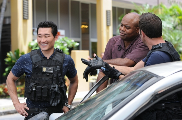 Daniel Dae Kim as Chin Ho Kelly, Chi McBride as Captain Lou Grover, and Alex O'Loughlin as Steve McGarrett