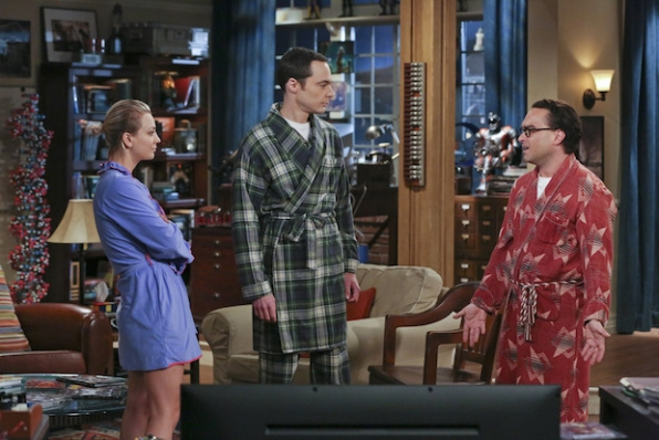 Sheldon offers advice to Penny and Leonard