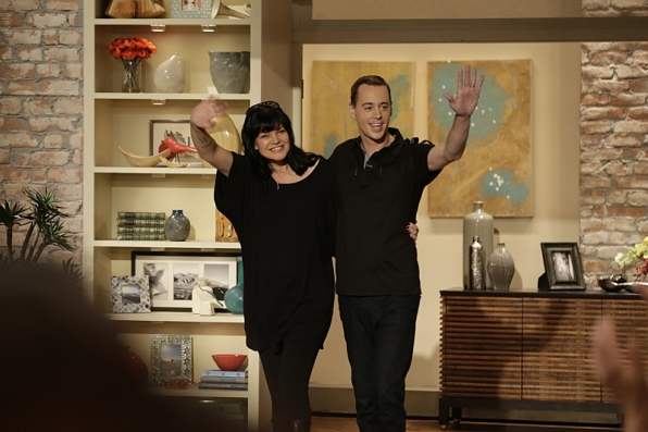 She loves hanging with her <i>NCIS</i> co-stars