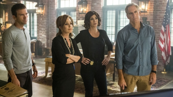 Lucas Black as Christopher LaSalle, Annie Potts as Olivia Brody, Zoe McLellan as Meredith Brody, and Scott Bakula as Dwayne Pride