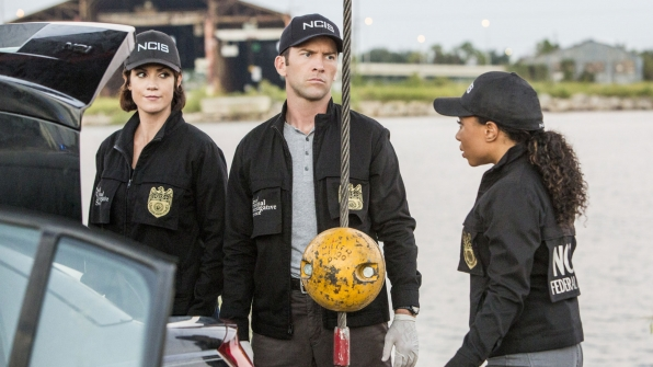 Zoe McLellan as Meredith Brody, Lucas Black as Christopher LaSalle, and Shalita Grant as Sonja Percy