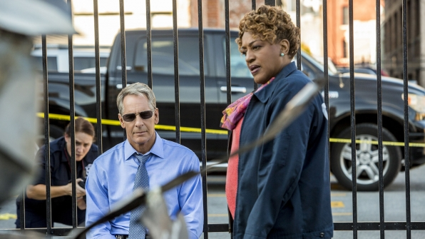 Scott Bakula as Dwayne Pride and CCH Pounder as Dr. Loretta Wade