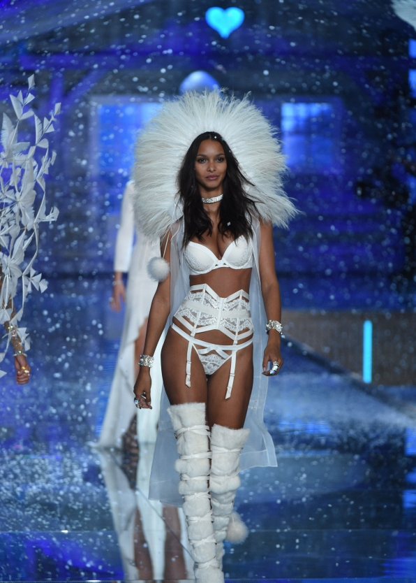 Lais Ribiero is cool as ice in white fur with a sheer silk vest