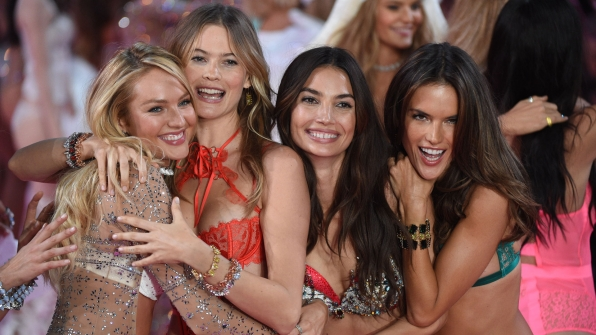 That's a wrap on the 2015 Victoria's Secret Fashion Show!