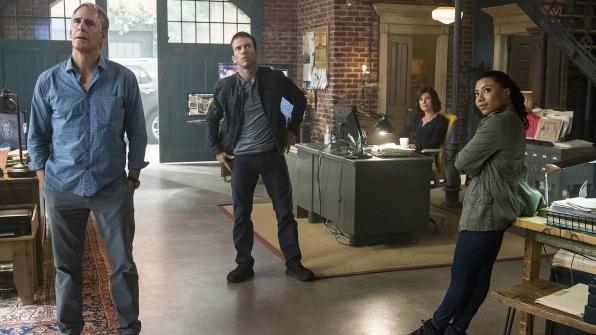 Scott Bakula as Dwayne Pride, Lucas Black as Christopher LaSalle, Zoe McLellan as Meredith Brody, and Shalita Grant as Sonja Percy