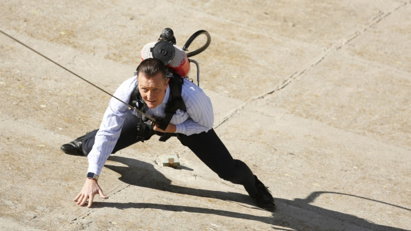 Robert Partick as Agent Cabe Gallo