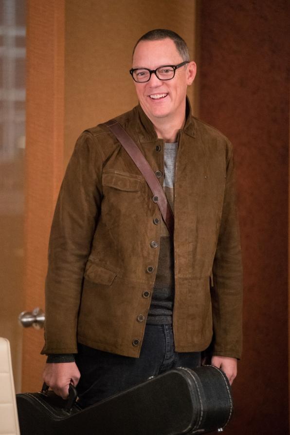 Matthew Lillard as Musician Rowby Canton
