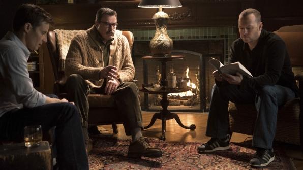 Will Estes as Jamie Reagan, Tom Selleck as Frank Reagan, and Donnie Wahlberg as Danny Reagan