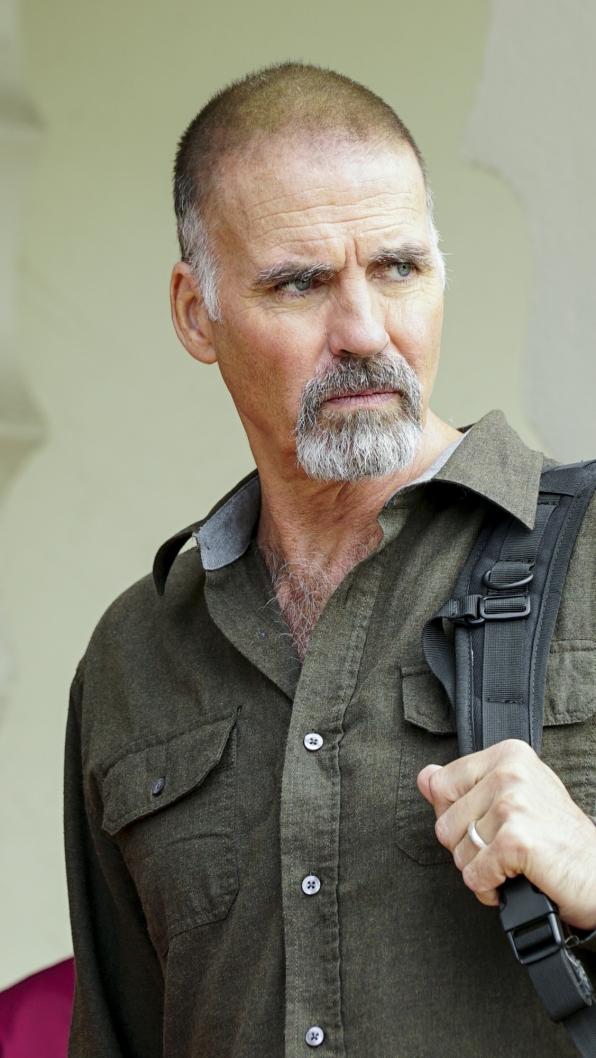 Jeff Fahey as Kenneth Dodd