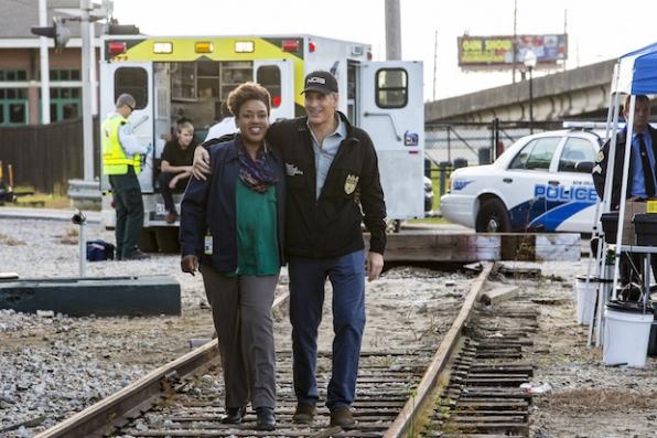 "NCIS: New Orleans ""No Man's Land"" (Season 2, Episode 15)"