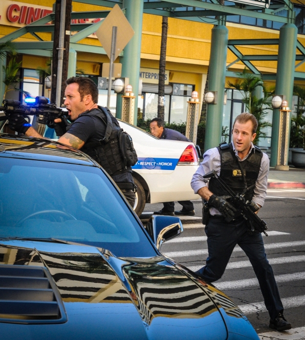 "Alex O'Loughlin as Steve McGarret and Scott Caan as Danny ""Danno"" Williams"