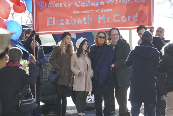 The college acknowledges Madam Secretary's visit.