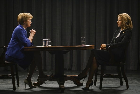 Elizabeth gives an interview to Jane Pauley.