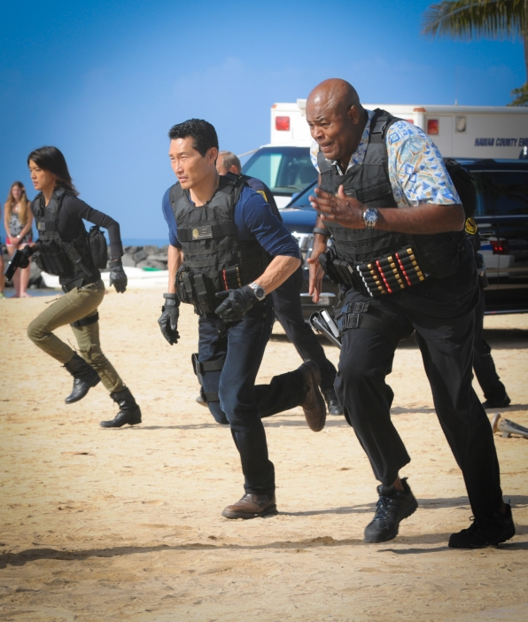 Grace Park as Kono Kalakaua, Daniel Dae Kim as Chin Ho Kelly, and Chi McBride as Lou Grover