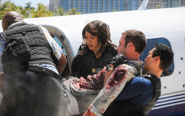 Chi McBride as Lou Grover, Grace Park as Kono Kalakaua, Alex O'Loughlin as Steve McGarrett, and Daniel Dae Kim as Chin Ho Kelly