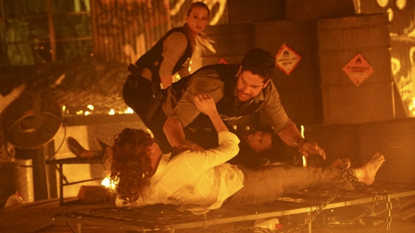 Agent Alvez races to unchain a victim.