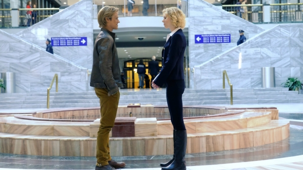 MacGyver meets with Katarina Wagner.