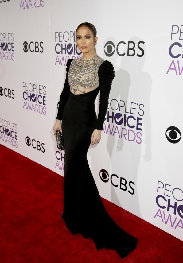 Jennifer Lopez waltzed down the red carpet in a stunning black sheath.