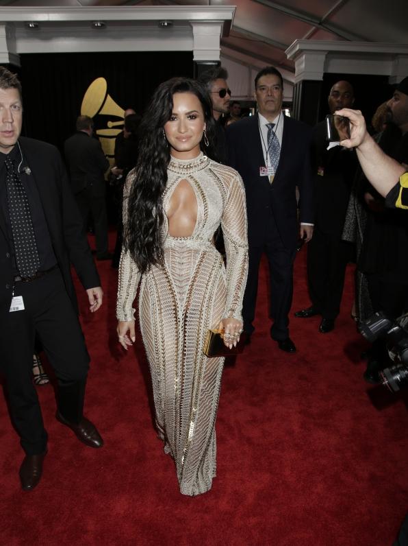 GRAMMYs 2017: Demi Lovato