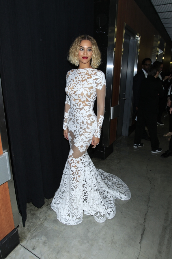 2014: Beyonce Graces in Lace