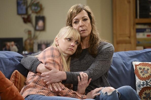 14. Bonnie Plunkett (<i>Mom</i>)